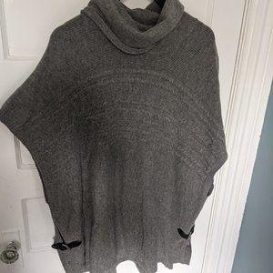 3/$30 Tahari Knit Poncho w Leather Straps
